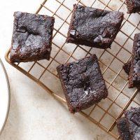 Instant Pot Flourless Brownies Recipe (Paleo & Vegan Options)