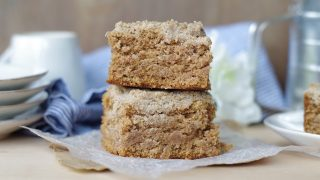 Gluten-Free Chai Coffee Cake (13 Ingredients)