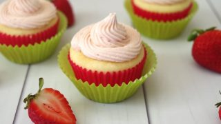 Gluten-Free Strawberry Lemonade Cupcakes